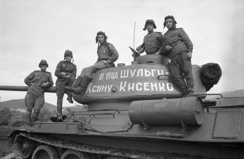 1-tank-ot-otcza-synu-min